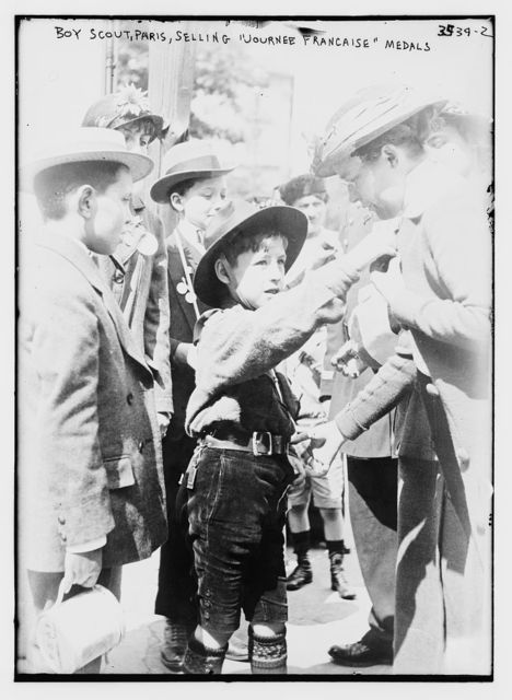 "Boy Scout, Paris, Selling ""Journee Francaise"" Medals"