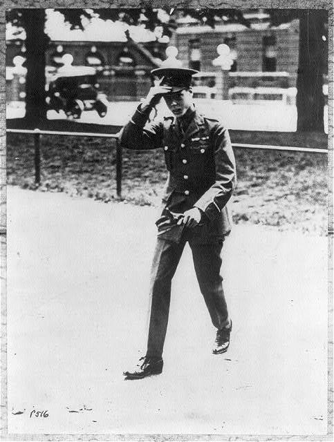 """[Edward VIII, King of Great Britain and Ireland, 1894- ; """"The 20-year old Prince of Wales leaving Buckingham Palace, London, to join his Grenadier Guards with whom he has gone to the Front"""". 1 Oct. 10, 1914]"""
