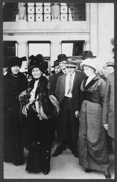 Emmeline Pankhurst, in furs at center, on her speaking tour in United States, 191[3]. Lucy Burns is to the left.