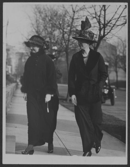 [Fola LaFollette] going to annual meeting [of] C[ongressional] U[nion], Jan. 11, 1914, at Mrs. [Elizabeth T.] Kent's