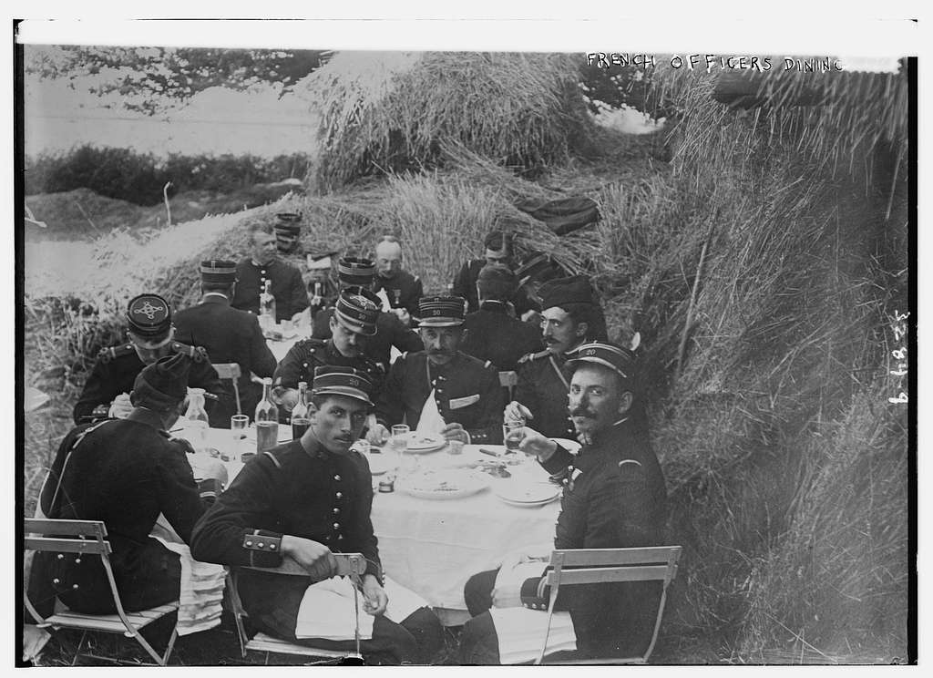 French Officers dining