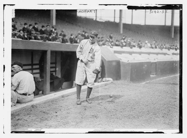 "[George ""Hooks"" Dauss, Detroit AL (baseball)]"
