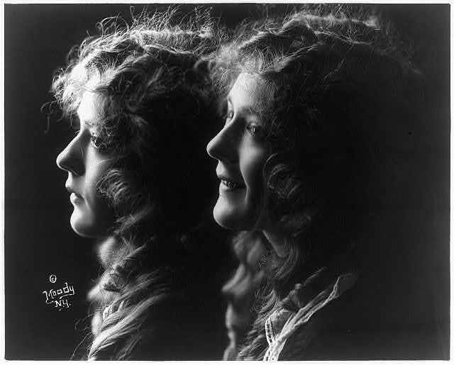 [Mary Pickford, 1893-, composite of 2 busts, facing left]