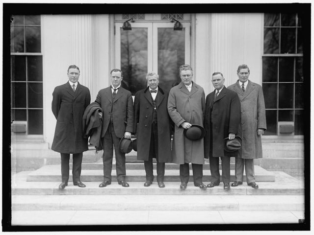 MINE WORKERS OFFICIALS AT WHITE HOUSE WITH SECRETARY OF LABOR: F.J. HAYES; JAMES LORD; SECRETARY WILSON; J.P WHITE; WILLIAM GREENE; J.R. LAWSON