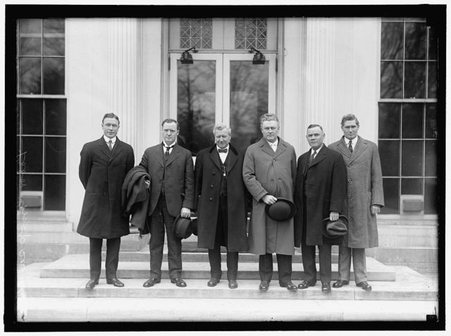 MINE WORKERS OFFICIALS. AT WHITE HOUSE WITH SECRETARY OF LABOR: F.J. HAYES; JAMES LORD; SECRETARY WILSON; J.P WHITE; WILLIAM GREENE; J.R. LAWSON