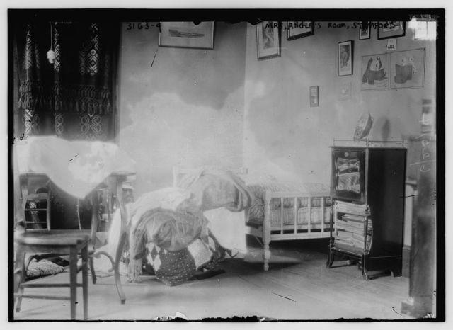 Mrs. Angle's Room, Stamford