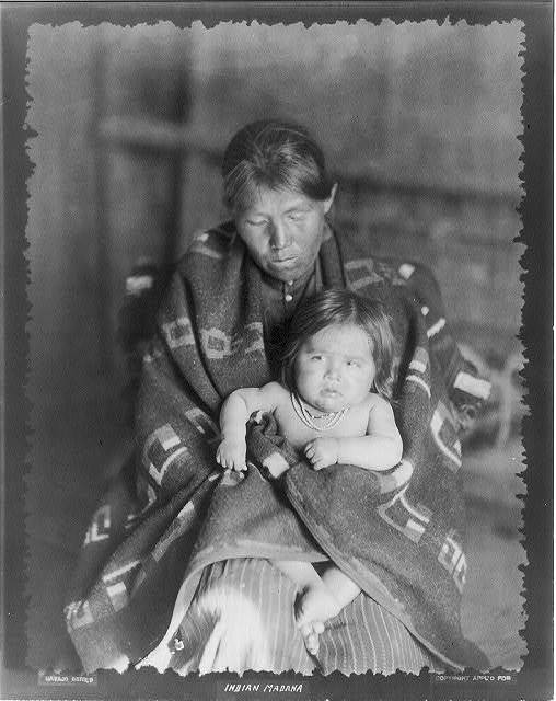 [Navaho Indians: Indian Madonna (woman with baby)]