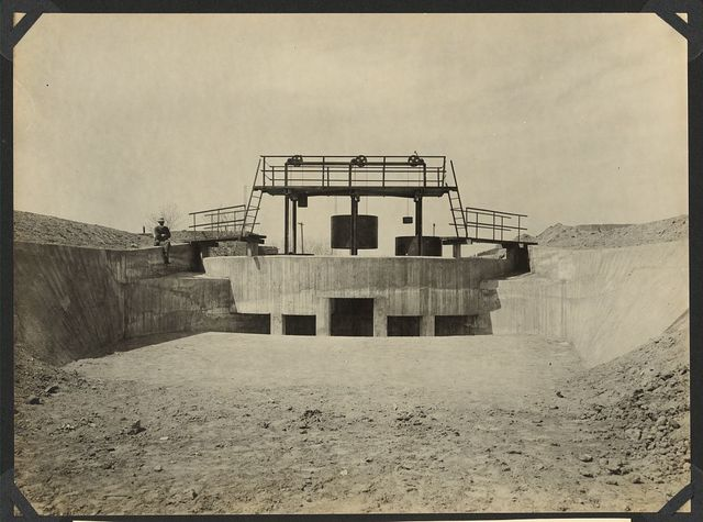 Newly designed canal structure in Franklin Canal, El Paso Valley - counterbalanced cylinder gates