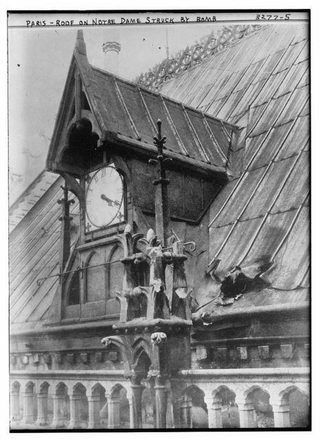 Paris -- Roof on Notre Dame struck by bomb
