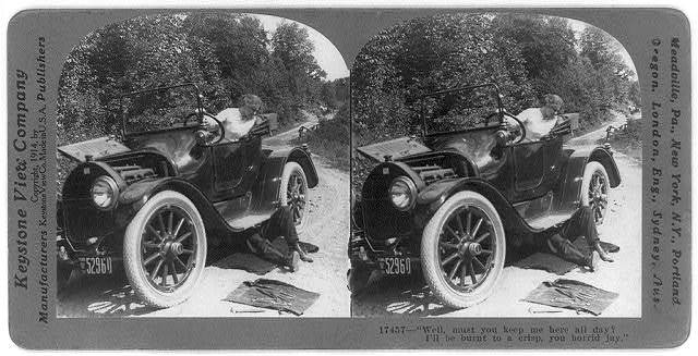 [Picture story in 4 stereoscopic frames: boy is underneath disabled auto]