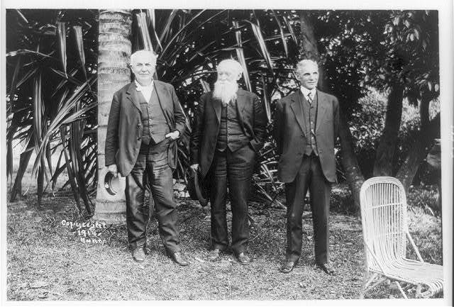 [Thomas Edison, John Burroughs, and Henry Ford posed standing, full-length, at Mr. Edison's home, Ft. Myers, Florida]