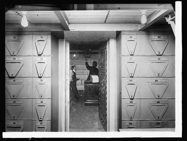 Treasury Dept., Ofc. of Comptroller of currency - Bond vault. Contains bonds to the value of 900,000,000 securring govt' deposits and postal savings fund, [1914]