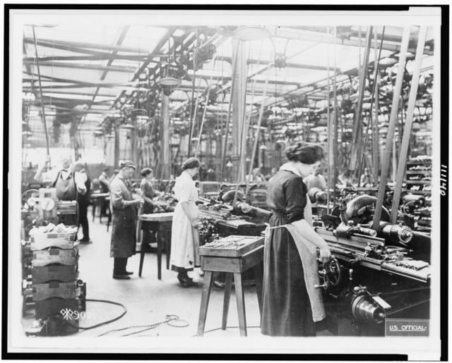 [Women grinding barrels of automatic 45s, in Colt's Paten Fire Arms Plant, Hartford, Conn.]