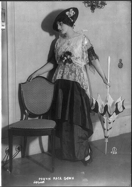 [Women's fashions: Paquin race gown, 1914]