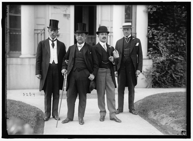 1ST PAN AMERICAN FINANCIAL CONFERENCE, WASHINGTON, D.C., MAY 1915. DR. ROBERTO ANCIZAR; SEC. OF LEG. OF COLOMBIA; SANTIAGO P. TRIANO, DEL. FROM COLOMBIA; V. VILLAMEL, OF ARGENTINE; JOHN BARRE