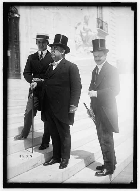 1ST PAN AMERICAN FINANCIAL CONFERENCE, WASHINGTON, D.C., MAY 1915. SANTIAGO PETRIANO OF COLOMBIA, WITH HIS 2 SECRETARIES
