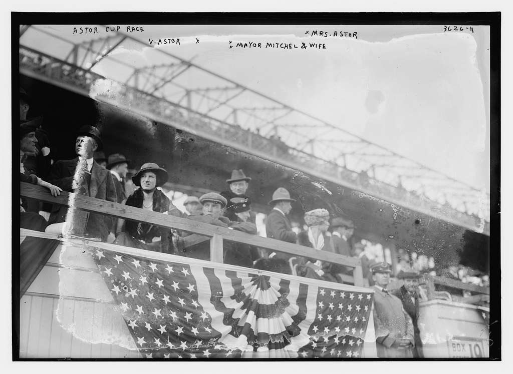 Astor Cup Race -- V. Astor, Mrs. Astor, Mayor Mitchel and wife