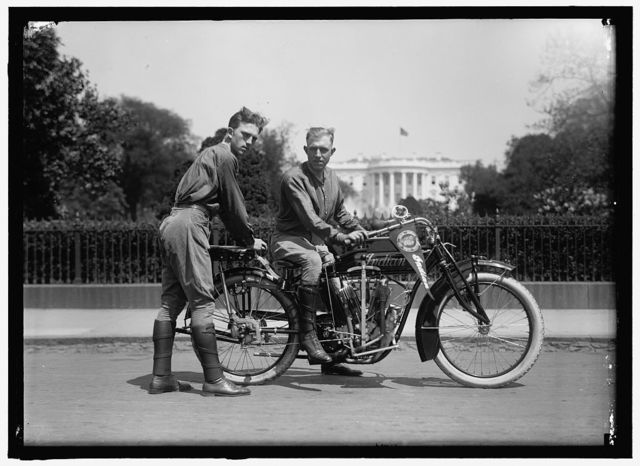 BALCER & O'BRIEN. TRANSCONTINENTAL MOTOR CYCLISTS. BACK OF WHITE HOUSE