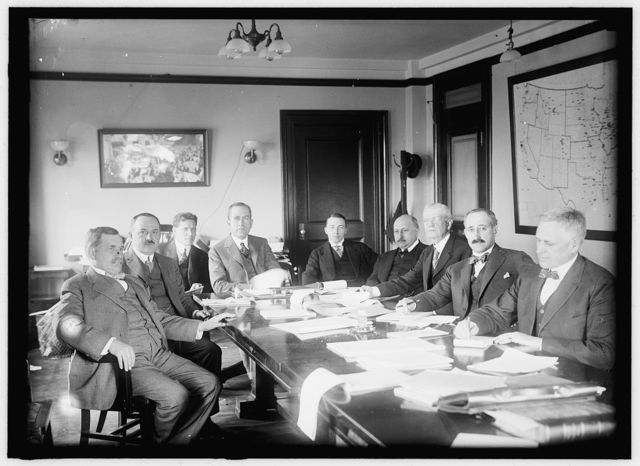 CHAMBER OF COMERCE OF U.S.A. COMMITTEE ON DEPARTMENT OF COMMERCE: CHARLES C. JENK; C.A. McCORMICK; D.A. SKINNER, ASSISTANT SECRETARY OF CHAMBER; A.W. SHAW, CHAIRMAN OF COMMITTEE; E.E. PRATT, CHIEF, BUREAU OF FOREIGN AND DOMESTIC COMMERCE, DEPARTMENT OF COMMERCE; CALVIN M. SMYTH; E. OLIVER FOWLKES