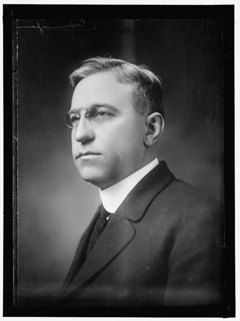 CUNNINGHAM, R.T. DIRECTOR OF CHAMBER OF COMMERCE OF U.S.