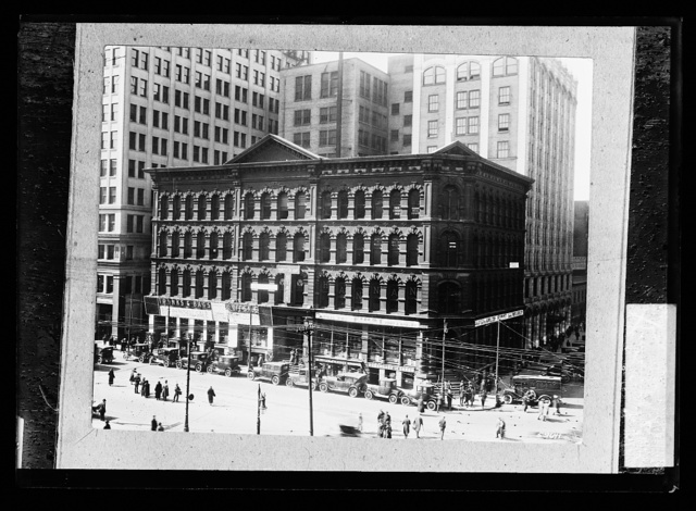 [Detroit Free Press newspaper building, Shelby Street, Detroit, Michigan]
