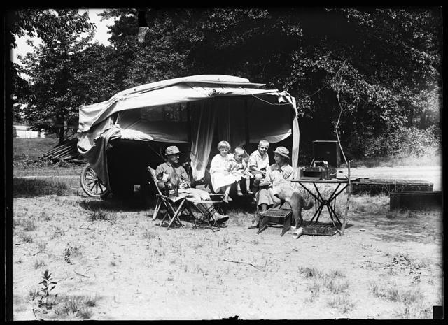 [Family car camping]