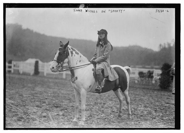 Fanny Wickes on SPORTY [horse]