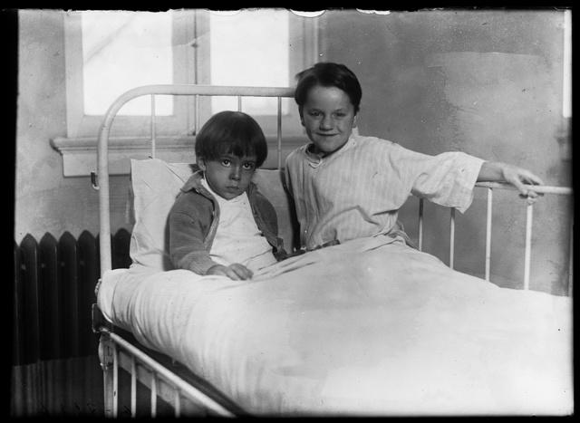 [Hospital: children in bed]