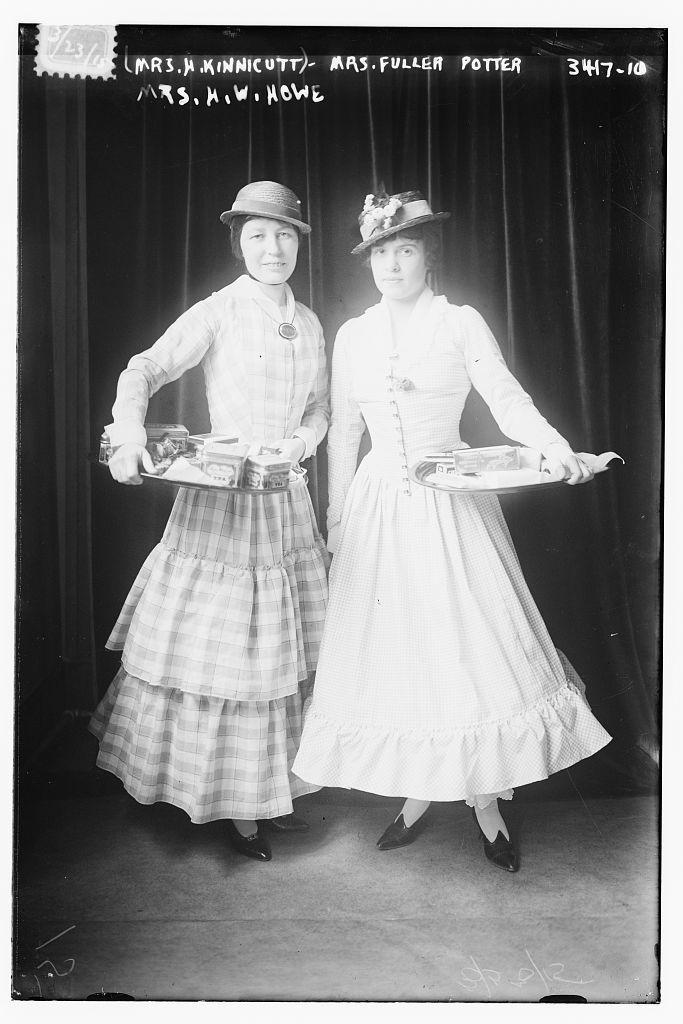 (Mrs. H. Kinnicutt) Mrs. Fuller Potter -- Mrs. H.W. Howe