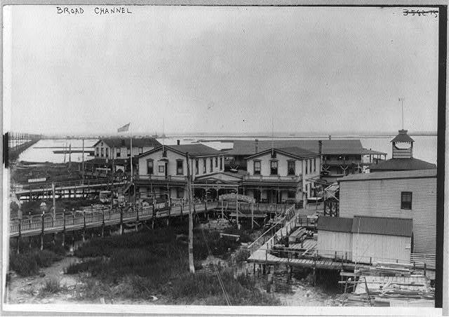[New York City - Jamaica Bay housing boom, 1915]: Broad Channel Island; connected with mainland by causeway seen in far background