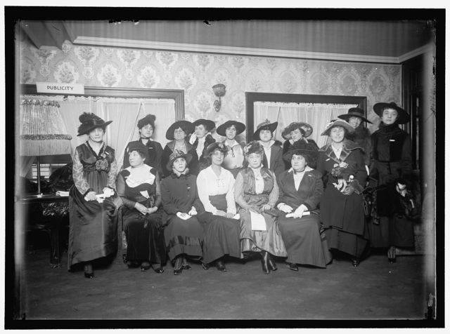 PAN AMERICAN SCIENTIFIC CONGRESS. LADIES WHO WERE AIDES AT THE CONGRESS. SEATED FRONT: MISS ARIVERO OF CUBA; MISS MAUD SCRUGGS, U.S.; MISS MORALES, PANAMA; MRS. T.C. DAWSON, U.S.; MADAME MANSANTO, VENEZUELA; MISS Y. CORTINA, CUBA. STANDING REAR: MRS. R.H. VERFELD, MANILA; MRS. E.M. AMORES, CUBA,; MRS. C.L. G.