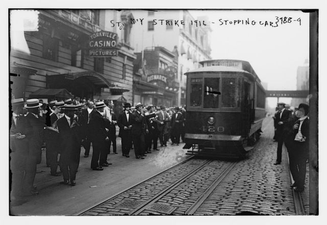 St. R'Y strike, 1916 - Stopping cars