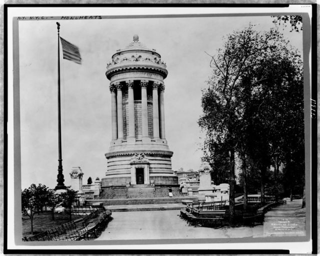 [The Soldiers' and Sailors' Monument, New York City] / American Studio, N.Y.