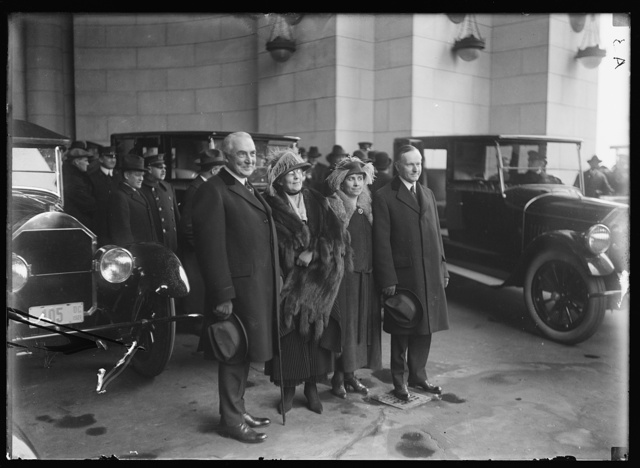 [Warren G. Harding, Florence Harding, Grace Coolidge, and Calvin Coolidge, Washington, D.C.]