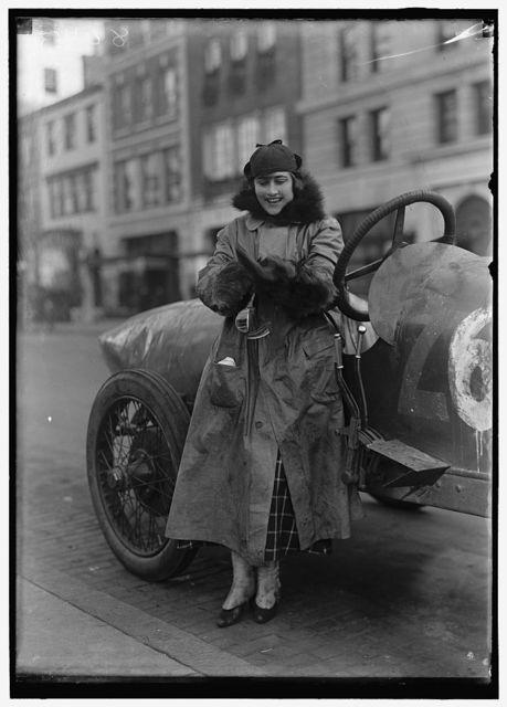 WOMEN AUTO RACERS. MISS ELINOR BLEVINS