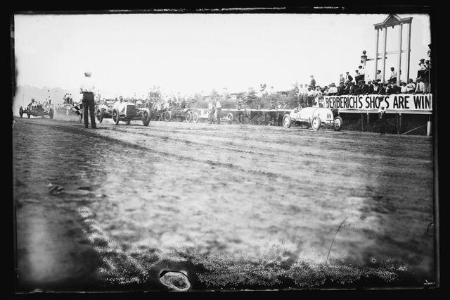 Auto races, Benning, Md., [i.e., Washington, D.C.], c. 1916