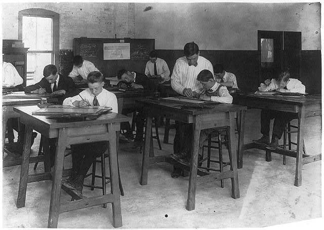Continuation School - Temporary Quarters. Drawing class at Dimond School.  Location: Fall River, Massachusetts / Lewis W. Hine.