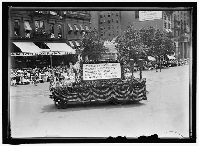 FOURTH OF JULY PARADE FLOAT: POST OFFICE
