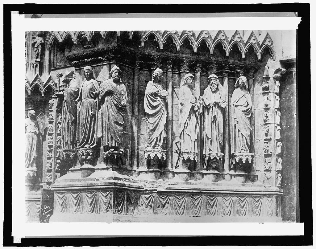 France, Rheims Cathedral, Accidental Statues