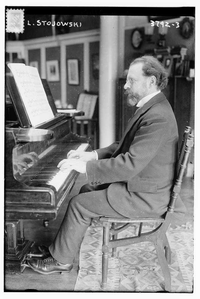 L. i.e. Z Stojowski at piano