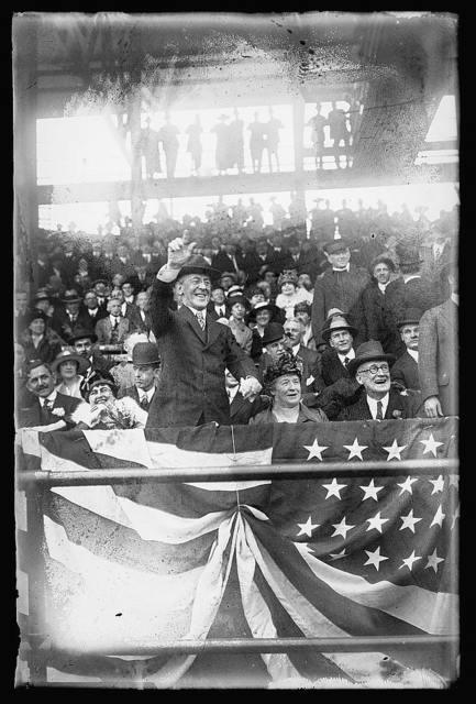 Pres. Wilson, opening ballgame, Wash., D.C. ,1916