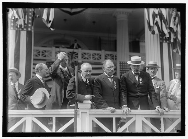SHADOW LAWN, NJ. SUMMER WHITE HOUSE. NOTIFICATION CEREMONIES. GROUP OF PORTICO: UNIDENT.; TUMULTY; HOMER S. CUMMINGS; VANCE McCORMICK OF PA; HENRY MORGANTHAU; GOV. FIELDER OF NJ.; SEN. MARCUS COOLIDGE OF MA.; UNIDENT.