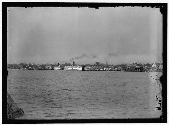 [Ships on Potomac River: Three Rivewrs, left, and Northland, right; U.S. Capitol dome visible in distance]