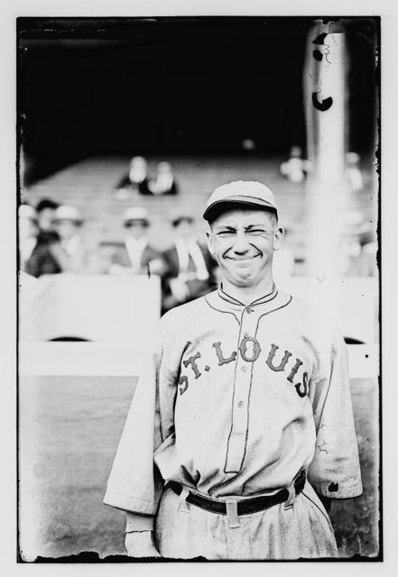 [Unidentified baseball player for St. L. Browns, 1916]