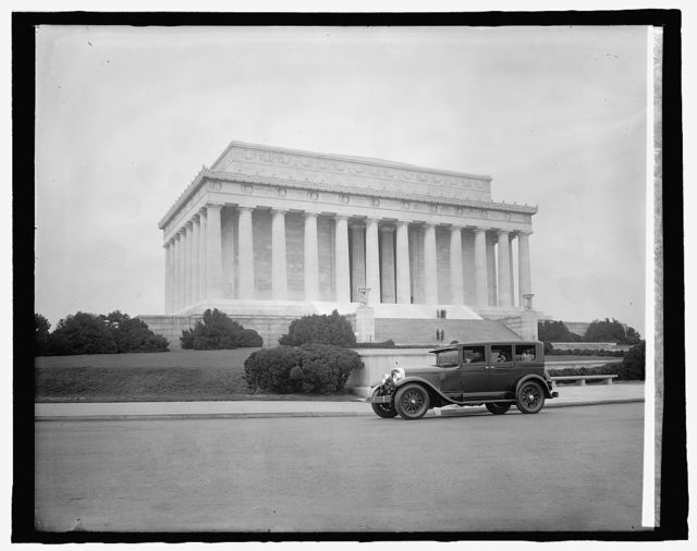 Washington Cadillac Co., [in front of Lincoln memorial, Washington, D.C.]