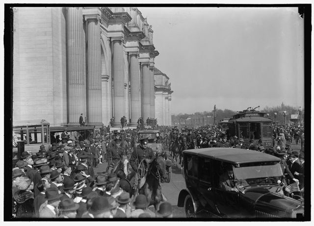 BRITISH COMMISSION TO U.S. ARRIVAL AT UNION STATION; GENERAL VIEWS