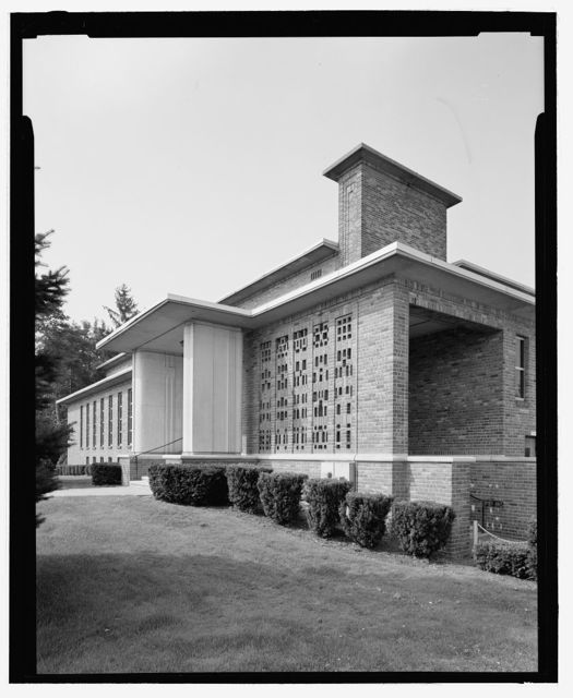 Community House (Fenton, Michigan, 1937-38; Saarinen and Saarinen)