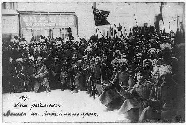 Days of revolution - troops on the Liteinyi Prospect