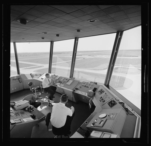 Dulles International Airport, Chantilly, Virginia, 1958-63 (Expanded by Skidmore, Owings & Merrill, 1998-2000). Control tower interior