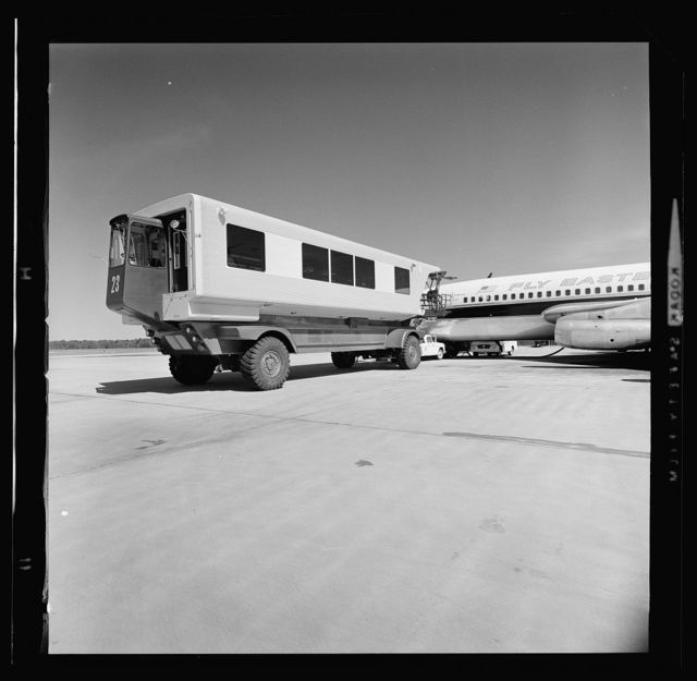 Dulles International Airport, Chantilly, Virginia, 1958-63 (Expanded by Skidmore, Owings & Merrill, 1998-2000). Mobile lounge